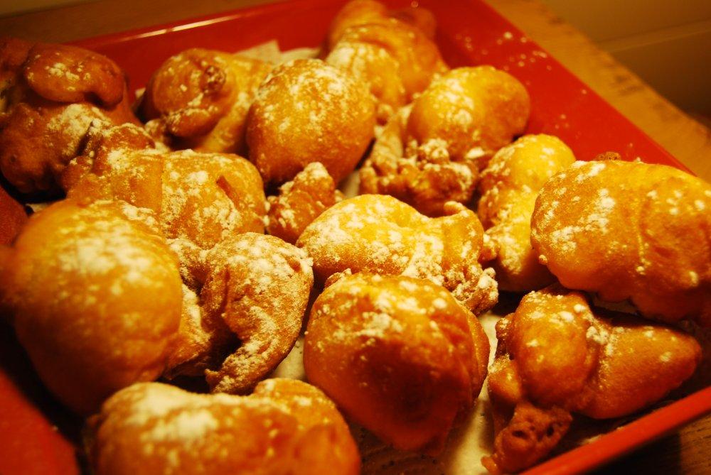 Pets de nonne - Recette beignet facile avec levure de boulanger ...