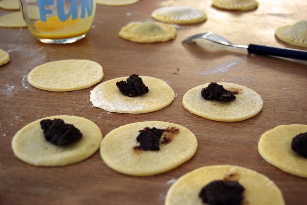 La recette des beignets fourr s sucr s - Pate a beignet a la biere ...